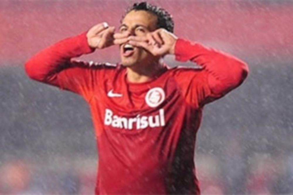 Brasileiro: Στην κορυφή η Ιντερνασιονάλ (video)