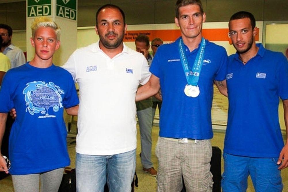 Ολυμπιακός: Συγχαρητήρια σε Γιαννιώτη, Φωκαϊδή και Αραούζου