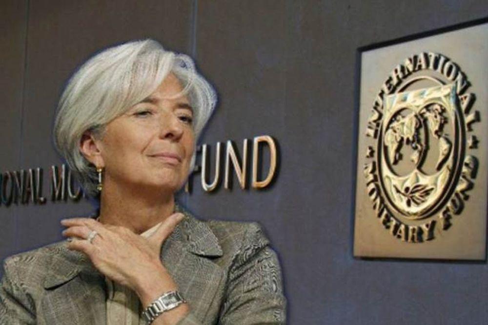 ΔΝΤ: Αφήνει ανοιχτό το ενδεχόμενο νέας μείωσης του κατώτατου μισθού