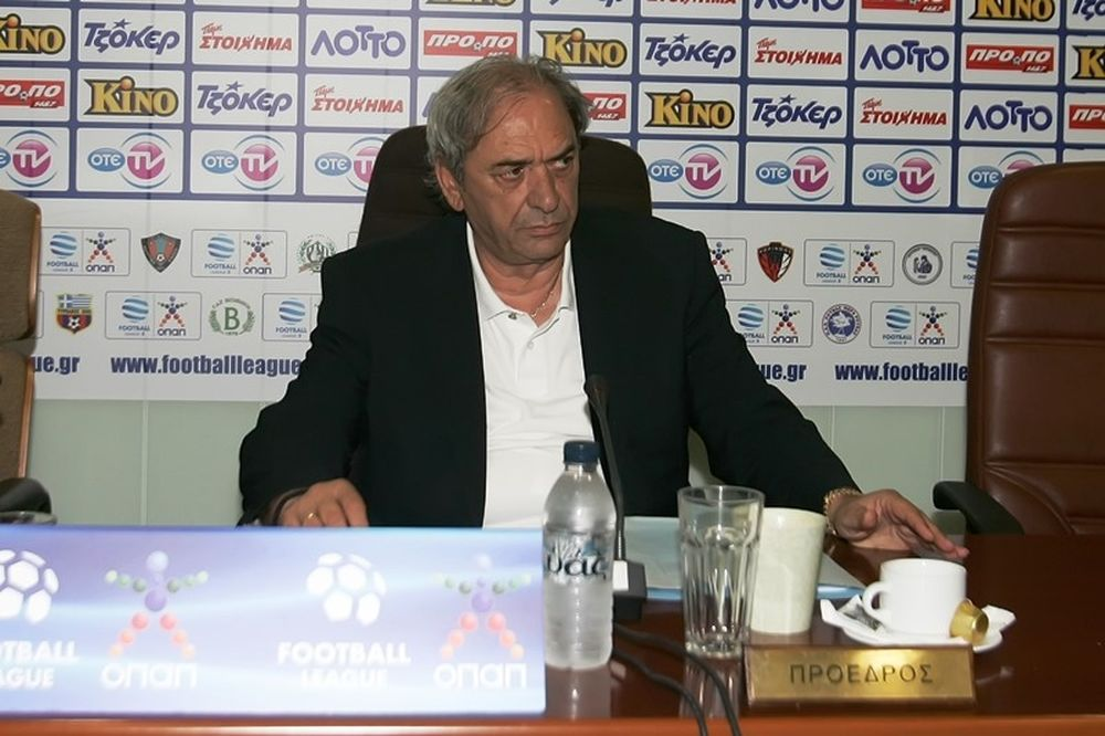 Καλογιάννης: «Football League με δυο ομίλους»