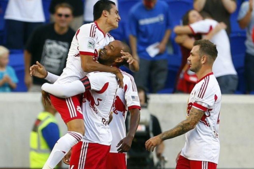 MLS: Δραματική νίκη για Ρεντ Μπουλς (videos)