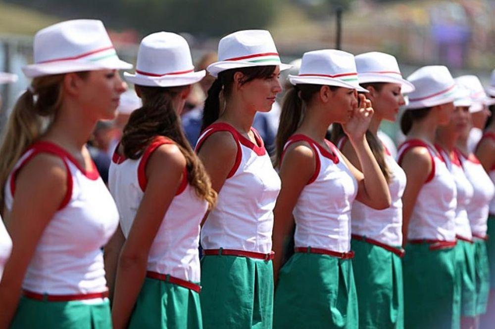 Ουγγαρόρινγκ: Οι σέξι παρουσίες (photos)