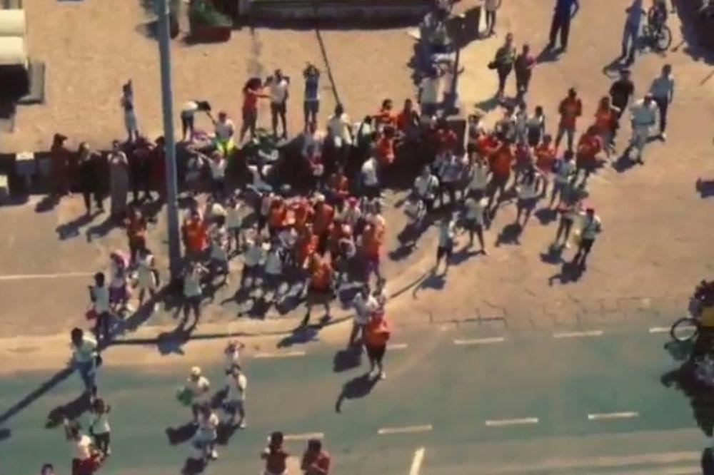 Γαλατάσαραϊ: Ουρλιαχτά στη Νάπολι (video)