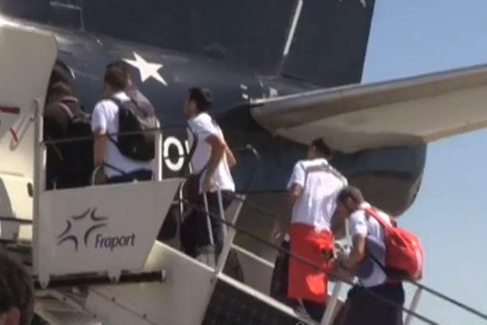 Ολυμπιακός: Το ταξίδι για το Λίβερπουλ (video)