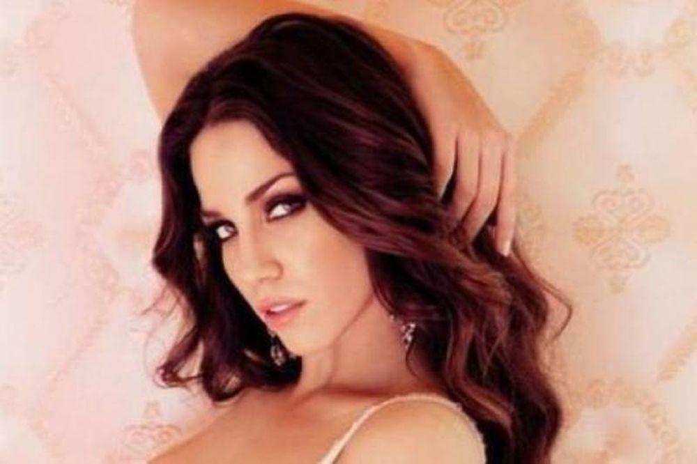 Η νέα σέξι φωτογραφία της Στικούδη, που προκάλεσε «εγκεφαλικά»!