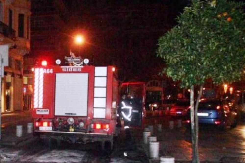 Λαμία: Έβαλε φωτιά στο σπίτι του για να καούν ο ίδιος και η μητέρα του