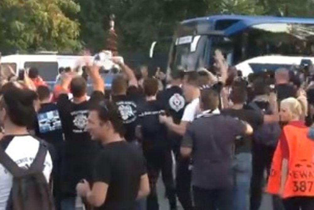 ΠΑΟΚ: Η άφιξη στο Βέλτινς Αρένα και η αποθέωση (video)