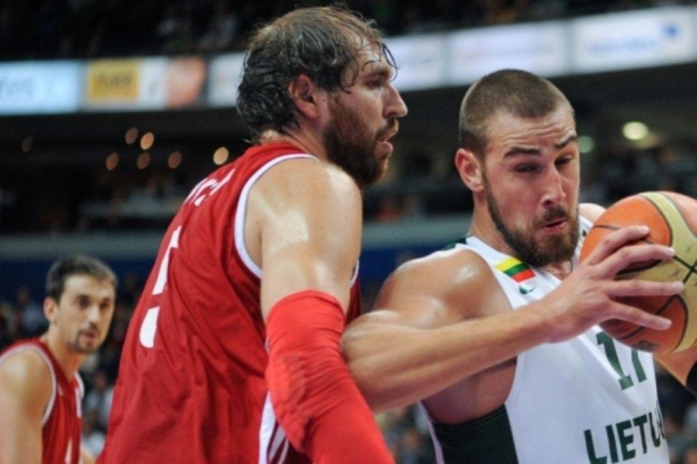 Λιθουανία: Σάρωσε τη Ρωσία με φόντο το Ευρωμπάσκετ