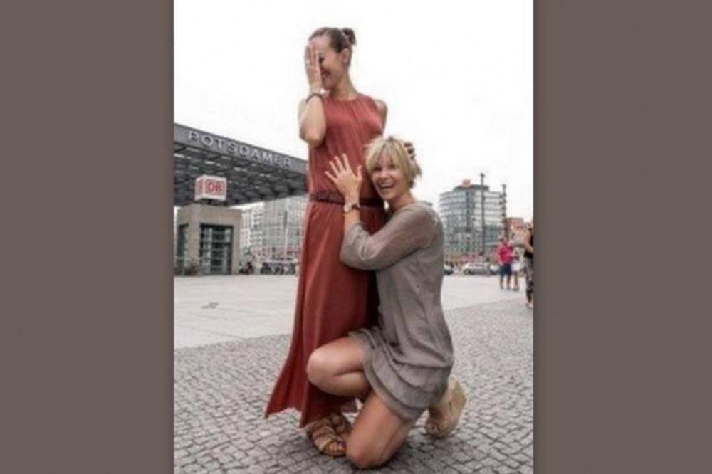 Έγκυος στο πρώτο της παιδί η τηλεοπτική «Χουρέμ»