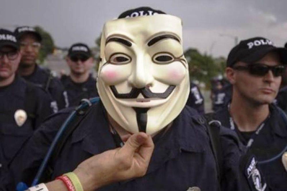 Είμαστε ακόμη εδώ, δηλώνουν οι Anonymous