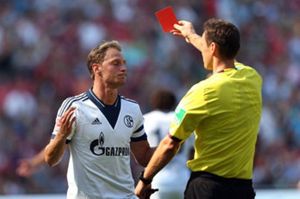Η Σάλκε και το ρεκόρ κόκκινων καρτών στην Μπουντεσλίγκα