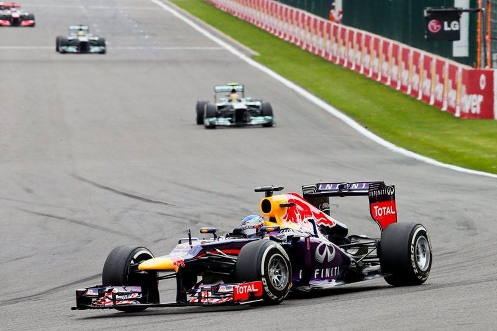 Formula 1: Ασταμάτητος ο Φέτελ!