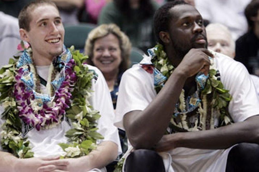 Ολυμπιακός: Ο αντί – Παπανικολάου και η… Χαβάη στο Onsports (photos+video)