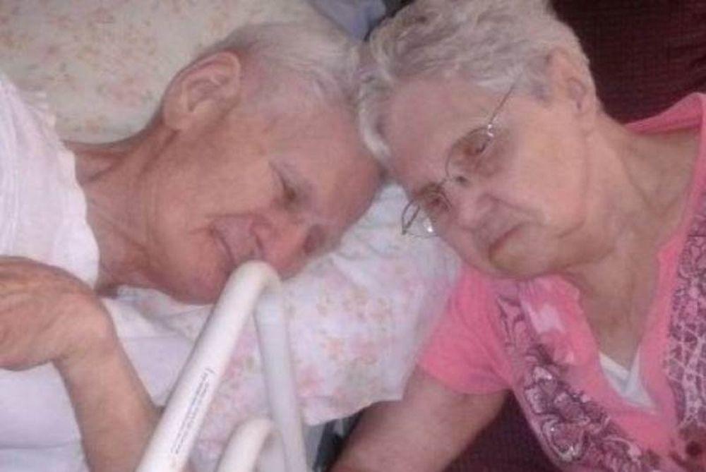 Εζησαν μαζί 65 χρόνια και πέθαναν με 11 ώρες διαφορά