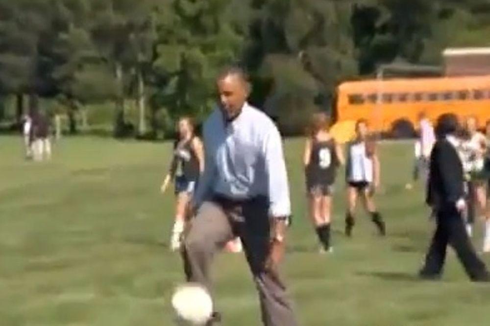 ΗΠΑ: Ξέρει μεγάλη μπάλα ο Ομπάμα! (video)