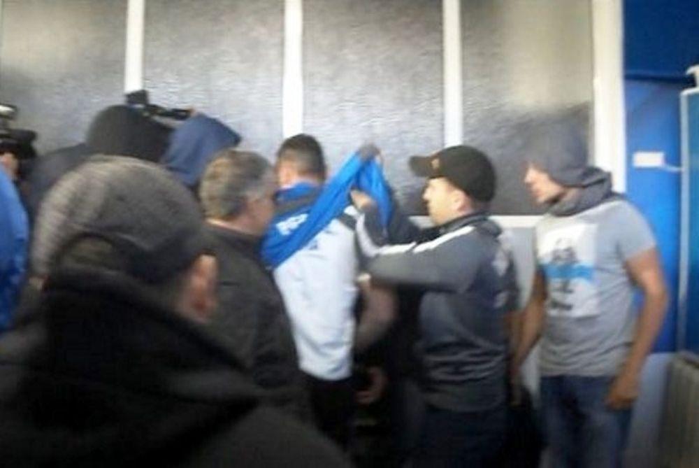 Λέφσκι Σόφιας: Έγδυσαν τον προπονητή (videos)