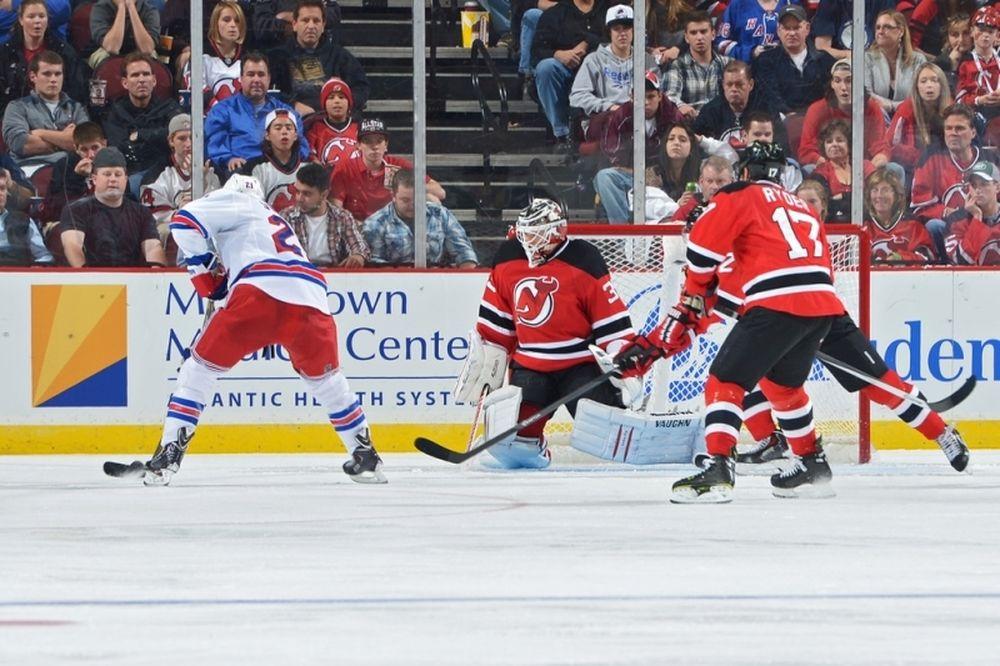 NHL: Βασικός ο Schneider στους Ντέβιλς