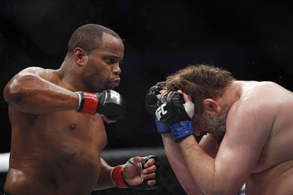 UFC: Πρώτα Gustafsson και μετά Jones θέλει ο Cormier
