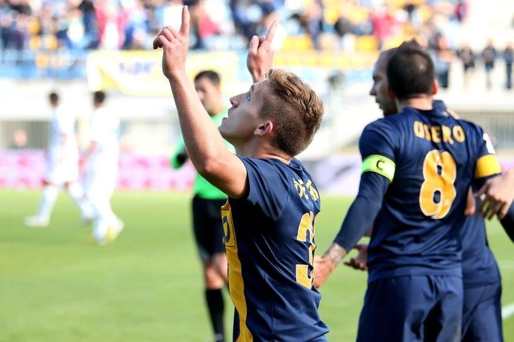 «Λάμψη» Αστέρα και Ντε Μπλάσις, 2-0 τον Λεβαδειακό (video)