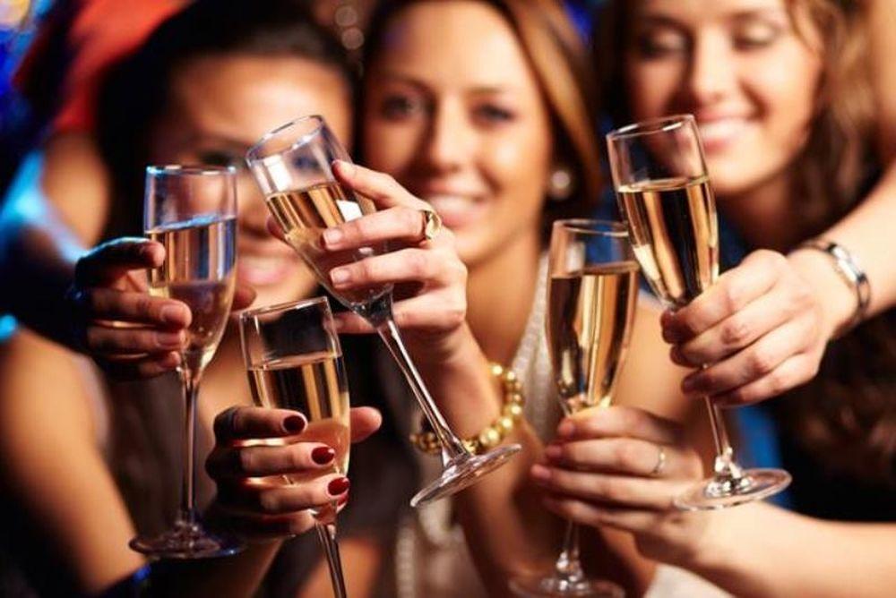 Αλκοόλ: Οι top 10 μύθοι που θα ακούσετε!