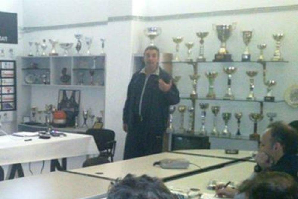 Πετρόπουλος: «Πρόωρες ευκαιρίες για εμπειρίες»