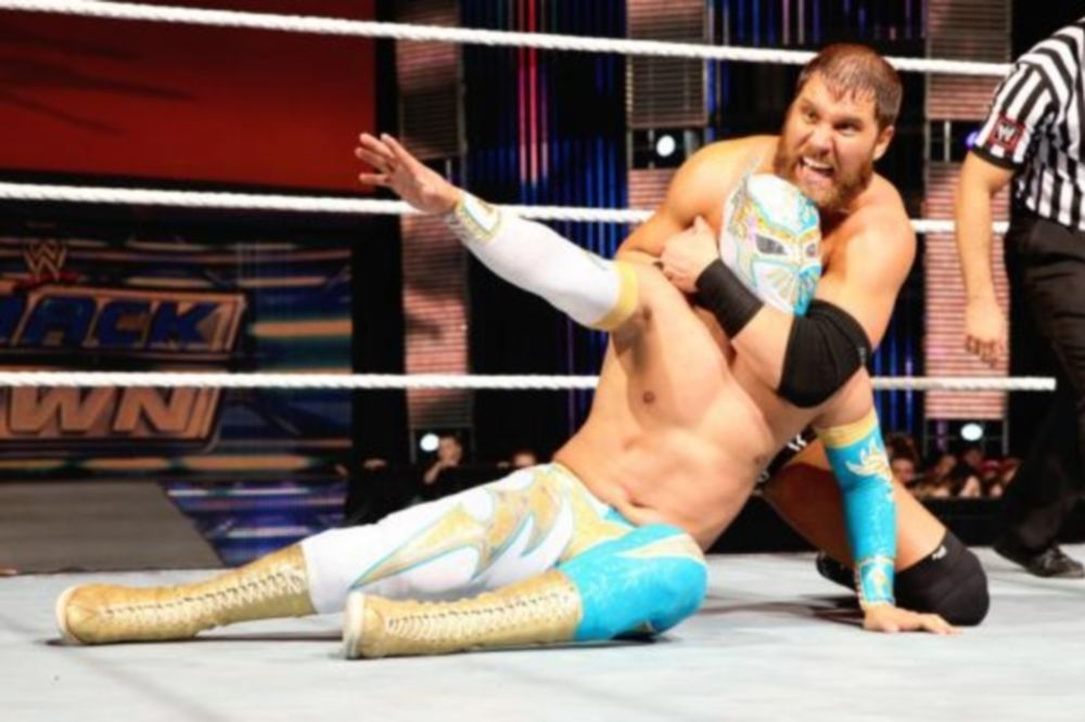 WWE: Προβληματική άδεια εργασίας και για Sin Cara