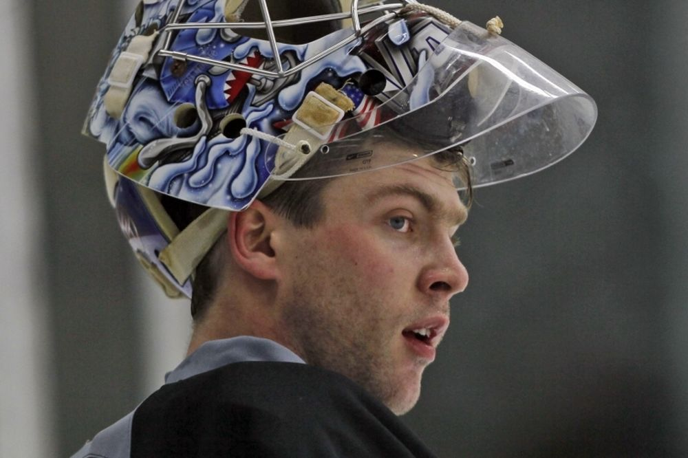 NHL: Αθώος δηλώνει ο Varlamov