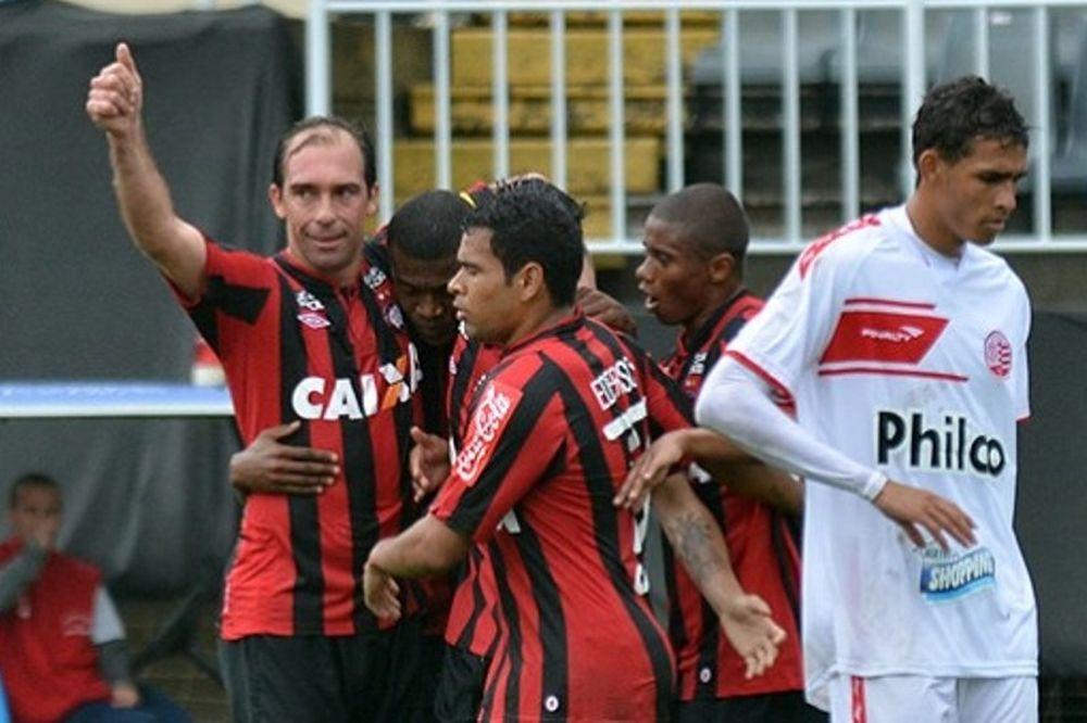 Brasileiro: Έκανε πλάκα η Ατλέτικο (videos)