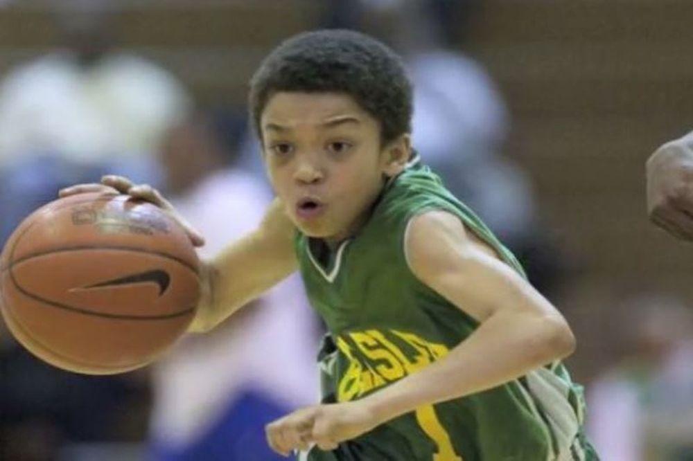 Αυτό είναι το 10χρονο αγόρι που θεωρείται ο καλύτερος παίκτης (video)