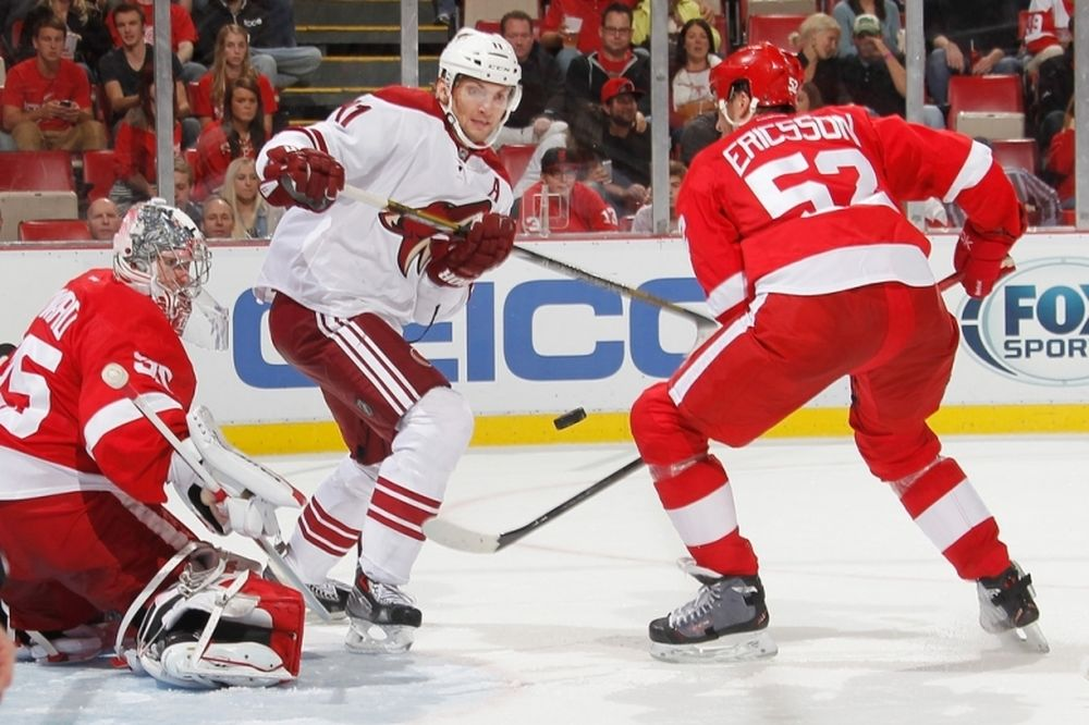 NHL: «Δέθηκε» ο Ericsson από Ρεντ Ουίνγκς
