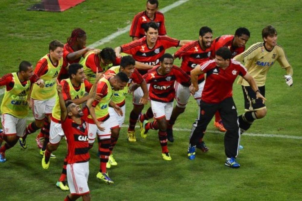 Βραζιλία: Κύπελλο για Φλαμένγκο (photos+video)