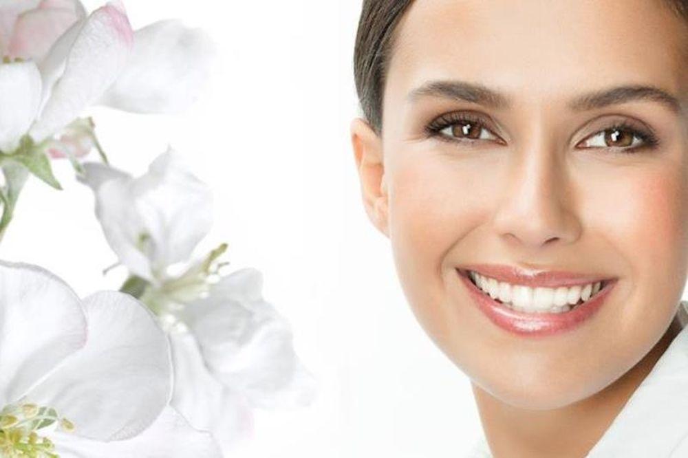 Οι συμβουλές των οδοντιάτρων για λευκότερο χαμόγελο