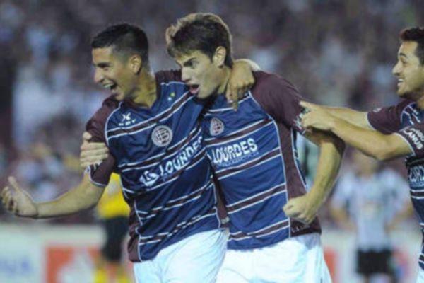 Κόπα Σουνταμερικάνα: Πέρασε στον τελικό η Λανούς (video)