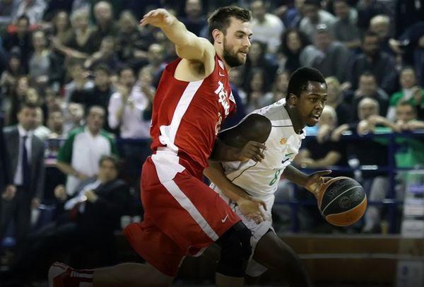 Μπράουν στο Onsports: «Έτσι τα… έβαλα στον Ολυμπιακό!» (photos+videos)