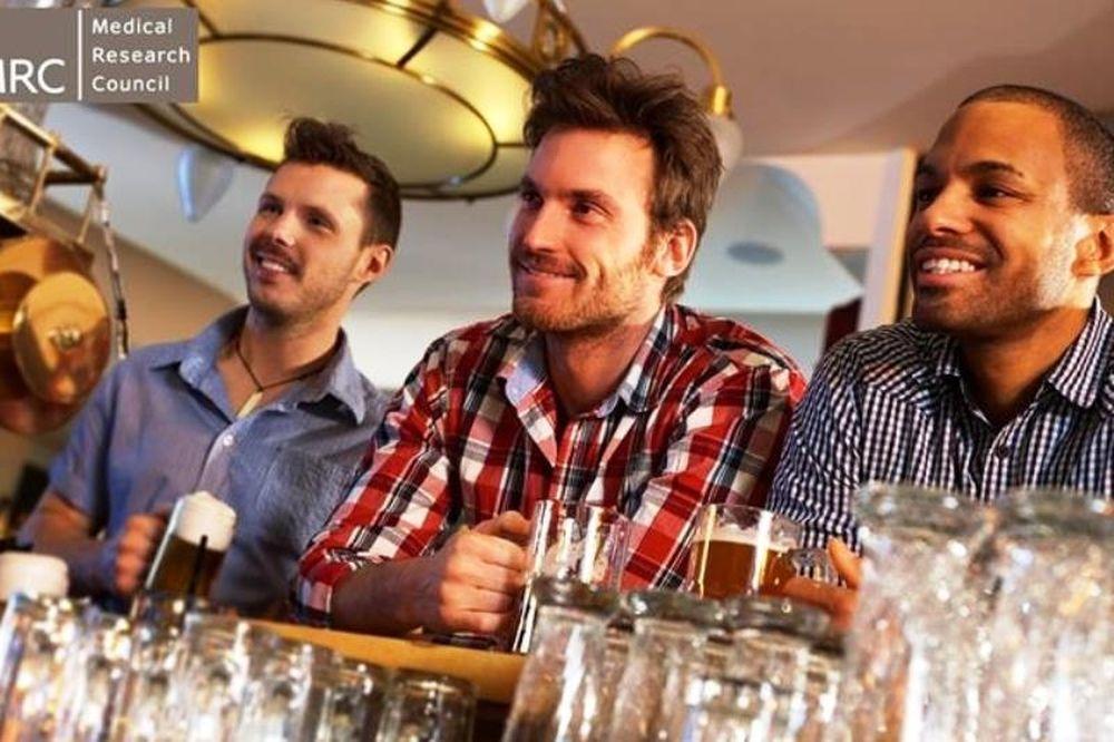 Οι άνδρες δε μιλούν πολύ… όταν δεν πίνουν!
