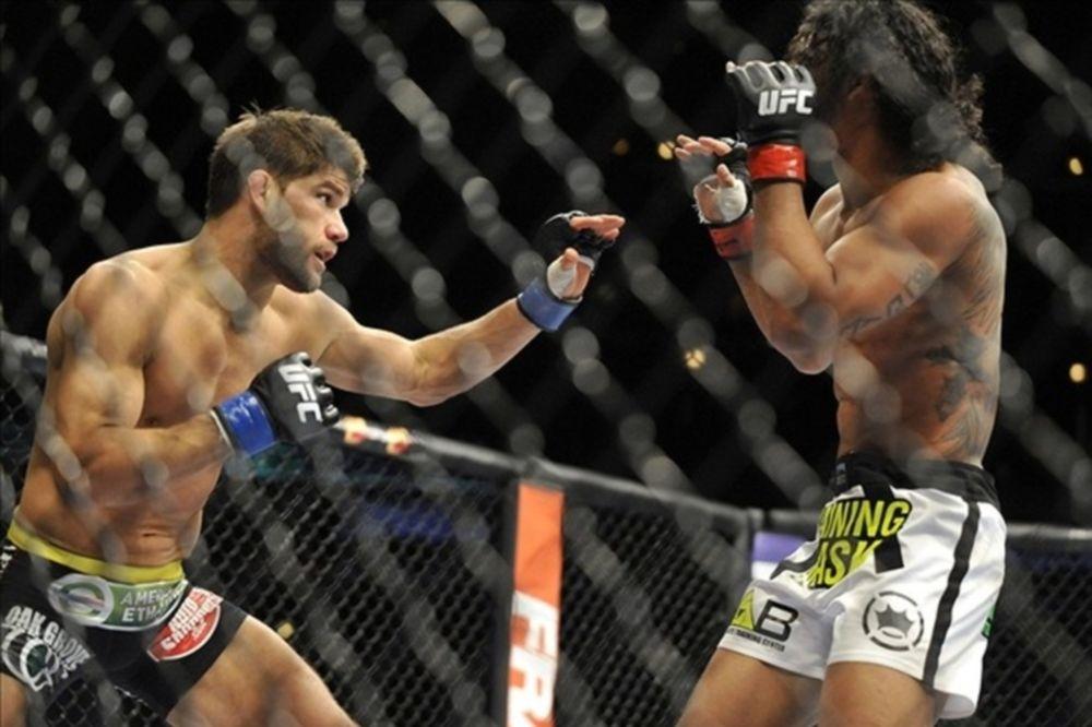 UFC on FOX 10: «Κλοπή» στο Σικάγο υπέρ Henderson (GIFs)