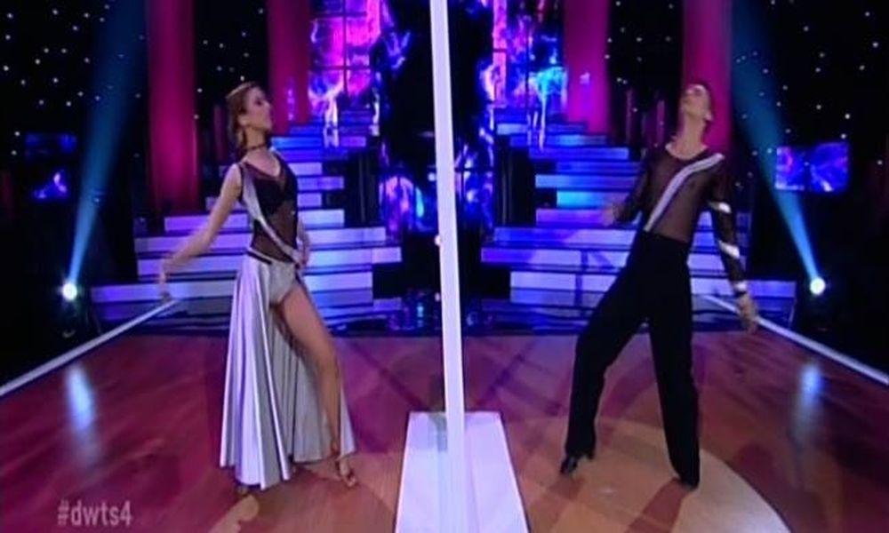 Dancing with the Stars: Εκλεψε την παράσταση η Κλέλια Πανταζή (Video)