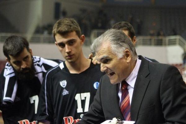 Μαρκόπουλος: «Πάντα ιδιαίτερα τα παιχνίδια στην Πάτρα»