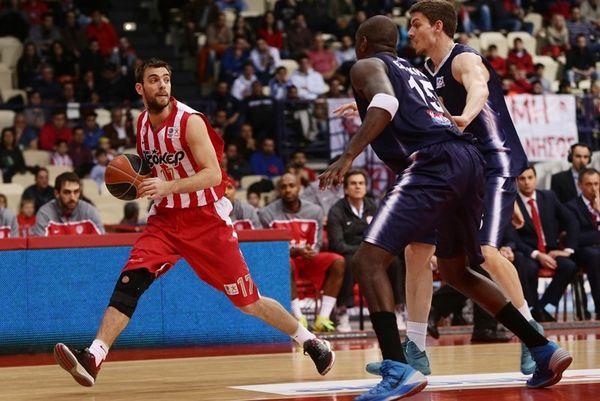 Αντωνόπουλος: «Είχαμε δύο ευκαιρίες με Ολυμπιακό»