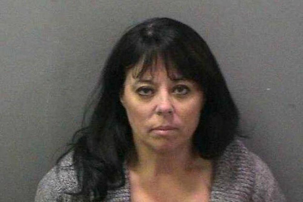 45χρονη έκανε σεξ με τον 12χρονο φίλο του γιού της