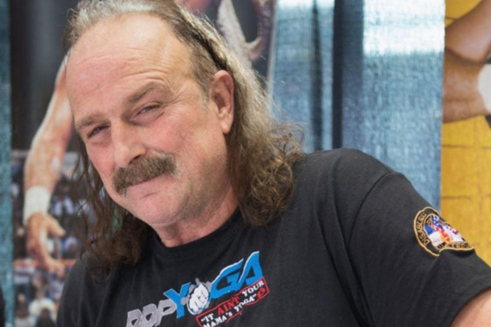 WWE: Έχει καρκίνο ο Jake «The Snake»