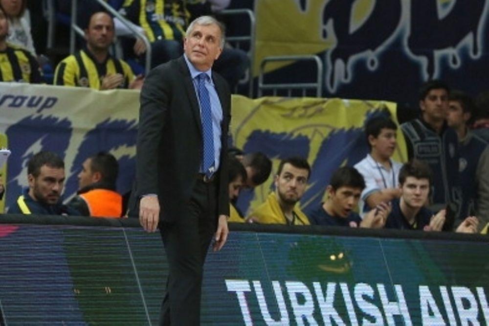 Ομπράντοβιτς: «Σεβόμαστε τον Ολυμπιακό»
