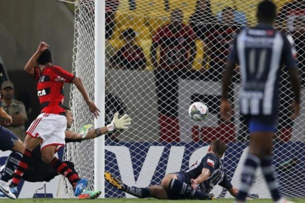 Κόπα Λιμπερταδόρες: Σώθηκε με ψαλιδάκι η Μινέιρο (videos)