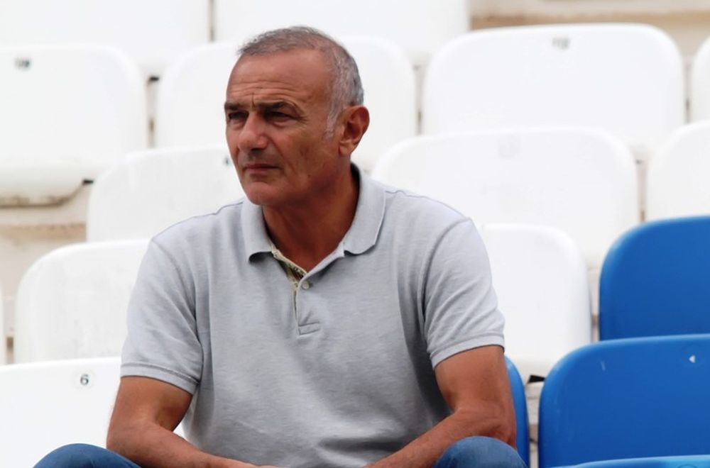 Καρούλιας: «Ο Βελλής είναι ρομαντικός του ποδοσφαίρου»