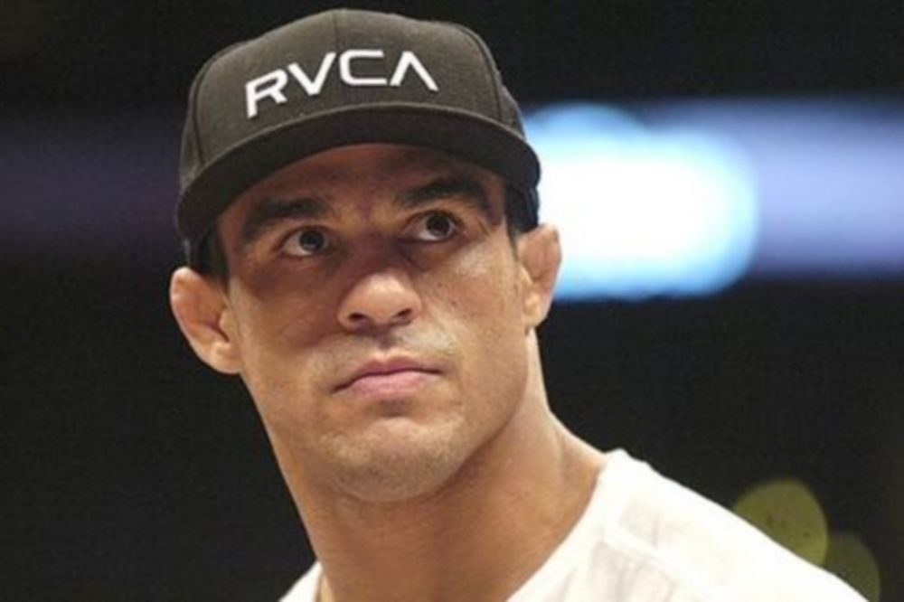 UFC 173: Εκτός main event o Belfort!