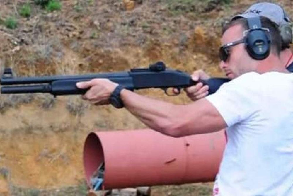 Όσκαρ Πιστόριους: Πυροβολεί με το όπλο που σκότωσε τη φίλη του! (video)
