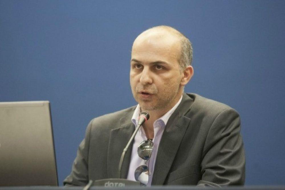 Στεφανίδης: «Ο Σκόρδας έχει γαντζωθεί στην καρέκλα»