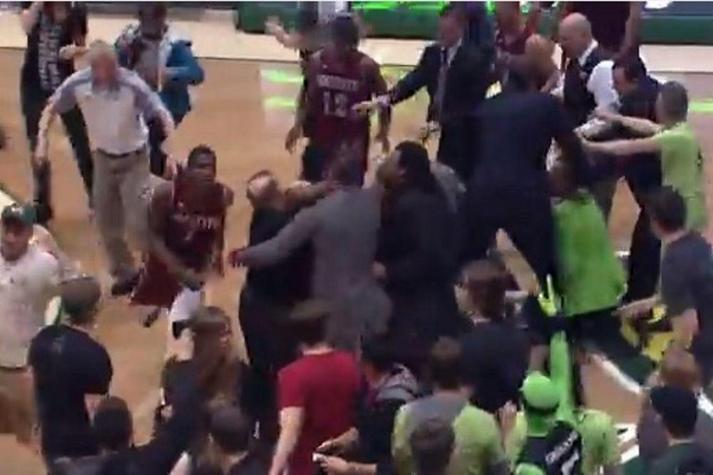 NCAA: Τρελό… ξύλο με παίκτες και οπαδούς! (video)