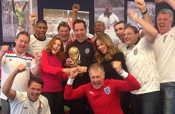 Μουντιάλ: Μεγάλα ονόματα του ποδοσφαίρου στο τραγούδι της Αγγλίας (photos)