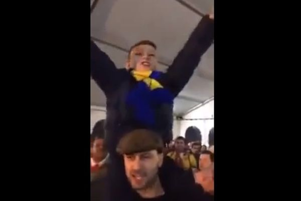 Άρσεναλ: Παιδί πρωτοστατεί σε σύνθημα κατά της Τότεναμ (video)